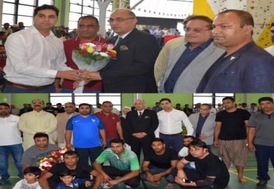 پاکستانی کمیونٹی کی جانب سے فرانس میں کھیلوں کا انعقاد پاکستان کیلئے باعث فخر ہے۔ سفیر معین الحق