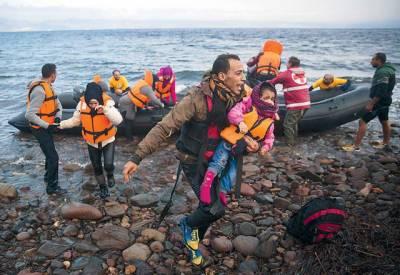 ترک کے قریب سمندر میں مہاجرین کی کشتی ڈوبنے سے 7 افراد ہلاک