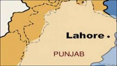 پولیس کے مطابق لاہور کے علاقے جیل روڈ سے ایک شخص کی لاش رکشہ سے برآمد ہوئی