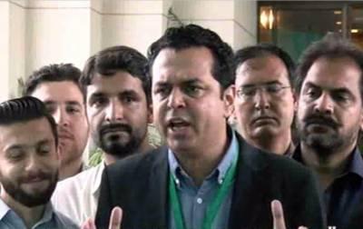 طلال چودھری :نواز شریف کو آپ آپ وزیراعظم ہاوس سے نکال سکتے ہیں لوگوں کے دلوں سے نہیں