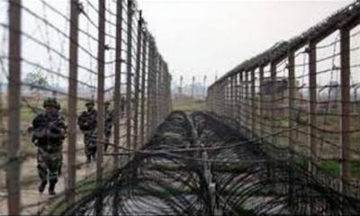 بھارتی فوج نے ایک بار پھر لائن آف کنٹرول پر سیزفائر کی خلاف ورزی کر ڈالی۔ کھوئی رٹہ اور کیرالہ سیکٹر میں بلااشتعال فائرنگ سے ایک پاکستانی خاتون شہید ایک زخمی ہو گئی۔