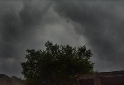 آج فاٹا،کے پی کے، اسلام آباد، لاہور اور گوجرانوالہ میں بھی بارش ہو سکتی ہے۔