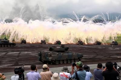 شمالی کوریا کی سرکاری نیوز ایجنسی نے کہا کہ وہ گوام پر درمیانے اور طویل فاصلے تک مار کرنے والے راکٹ داغنے کے منصوبے پر غور کر رہا ہے