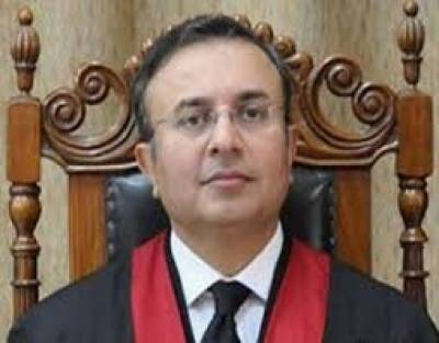 لاہور ہائیکورٹ کے چیف جسٹس سید منصور علی شاہ نے کیس کی سماعت کی۔