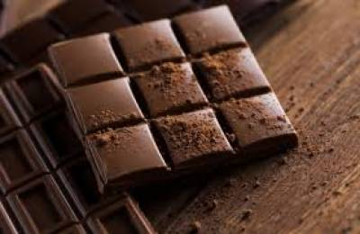چور چاکلیٹ سے بھرا پورا ٹرک غائب کرنے میں کامیاب ہوئے