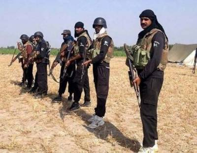 راجن پور میں پولیس اہلکاروں کو بازیاب کرا لیا گیا، کئی گھنٹے کی فائرنگ کے تبادلے کے بعد ڈاکو فرار