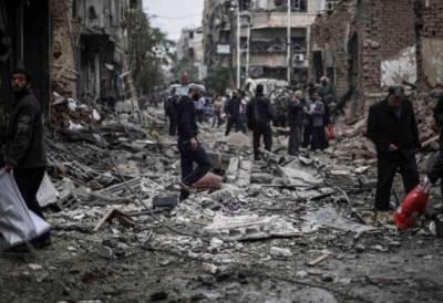 شام کے شہر الرقہ میں امریکی اتحاد کا آپریشن جاری, اقوام متحدہ نے شہر میں فضائی حملے روکنے کا مطالبہ کردیا