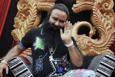 بھارت میں مذہبی پیشوا گرمیت سنگھ کو سزا سنائے جانے کے بعد حالات کشیدہ ہوگئے