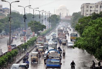 موسم کا حال بتانے والوں نے ملک کے مختلف حصوں میں بارش کی پیشنگوئی کر دی۔