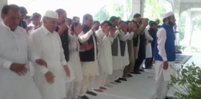 وزیراعلیٰ پنجاب محمد شہبازشریف نے رائے ونڈ میں نماز عید ادا کی۔