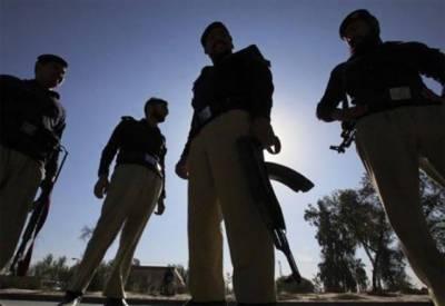 کراچی میں دہشتگرد اور پولیس کے درمیان مقابلہ،اہلکار شہید