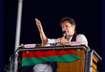 این اے ایک سو بیس میں عوام ووٹ سے پیغام دیں کہ عدالتی فیصلہ درست تھا:چیئرمین تحریک انصاف عمران خان