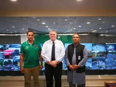 آئی سی سی سیکیورٹی کنسلٹنٹ ڈیوڈ سمیراور ڈائریکٹر سیکیورٹی پی سی بی کرنل اعظم خان کا پنجاب سیف سٹیز اتھارٹی قربان لاہور ہیڈ آفس کا دورہ