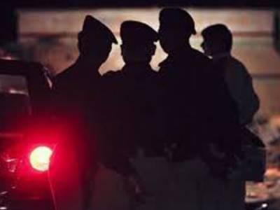 کراچی: پولیس افسر حساس نوعیت کے 3 مقدمات کا ریکارڈ لے کر فرار