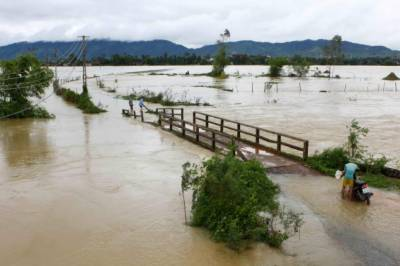 ویت نام میں موسلادھار بارشوں نے ہر سو تباہی مچادی ہے