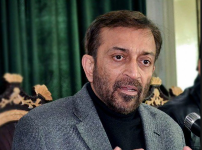 کراچی میں انتظامیہ اختیارات اور وسائل کے بغیر مسائل کیسے حل کرے: سربراہ ایم کیو ایم پاکستان فاروق ستار