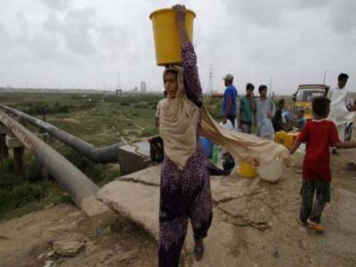 کراچی میں چارسو ملین گیلن پانی کی فراہمی بند ہوگئی۔
