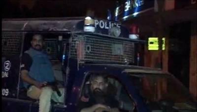 کراچی میں مبینہ پولیس مقابلے میں2 ڈاکومارے گئے