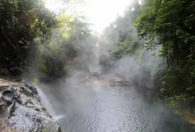 دنیا میں ایک دریا ایسا بھی ہے جس کا پانی کھولتا ہوا ہوتا ہے