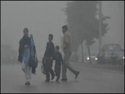 سردی نے دستک دے دی۔ ملک کے بیشتر علاقوں میں ٹھنڈ بڑھنے لگی۔