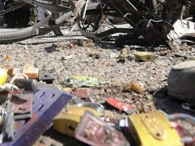 باجوڑ ایجنسی میں بم دھماکے کے نتیجے میں تین لیویز اہلکار زخمی ہوگئے۔