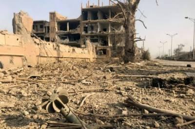 شام کے مشرقی صوبے دیرالزور میں داعش کے کاربم حملے میں کم ازک75 افراد ہلاک اور 150ے زائد زخمی ہوگئے
