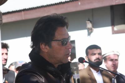 ملک میں حکومت نام کی کوئی چیزنہیں, شریف خاندان کے دن گنے جا چکے ہیں:چیئر مین پی ٹی آئی عمران خان