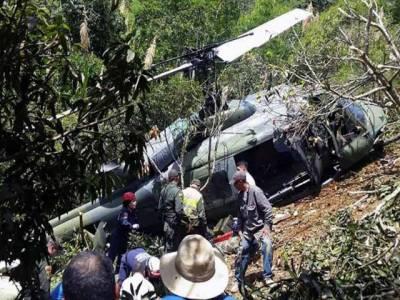 برطانیہ: ہیلی کاپٹر اور طیارے میں ٹکر، 4 افراد ہلاک