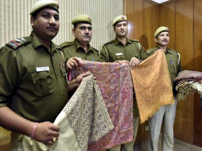 نئی دہلی: چوری ہونےوالی 2کروڑروپے مالیت کی250 سال قدیم 16پشمینہ شالیں برآمد