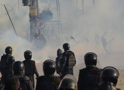 حکومت نے دھرنے کے خلاف آپریشن یا مذاکرات کی ذمہ داری ڈی جی رینجرزپنجاب میجرجنرل اظہرنوید پرڈال دی