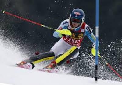 فرانس کے پہاڑی علاقے میں اسکیئنگ کے عالمی مقابلوں کا انعقاد کیا گیا