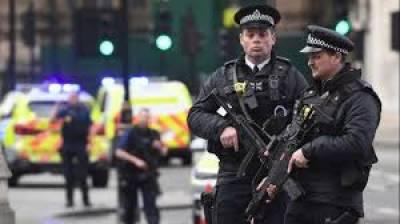 پولیس نے بروقت کارروائی کرتے ہوئے شہر شیفلڈ کے مرکزی علاقے سے چار دہشت گردوں کو گرفتار کرلیا