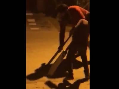 سوشل میڈیا پرمصباح الحق کی ہاکی کھیلنے کی ویڈیو وائرل ہو گئی
