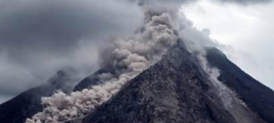 انڈونیشیا کا آتش فشاں اس سال کا 'سب سے بڑا'آتش فشاں تھا