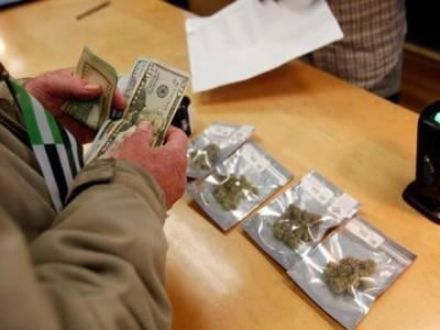 امریکی ریاست کیلیفورنیا میں حشیش کی فروخت قانونی طور پر جائز قرار