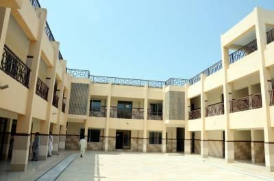 صحت کے شعبے میں انقلابی اقدامات کی دعویدار پاکستان تحریک انصاف ہسپتالوں کو ٹھیک نہ کر سکی،،