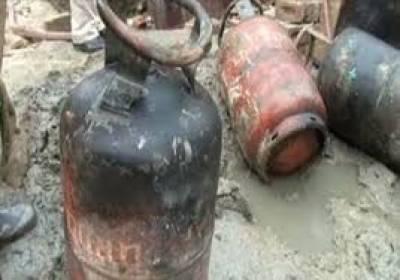 راولپنڈی کی میں گھر میں گیس لیکج کے باعث دھماکے سے4افراد زخمی ہوگئے