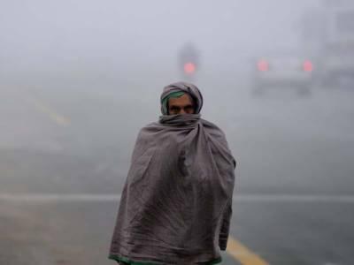 آئندہ چوبیس گھنٹوں کے دوران ملک کے بیشتر علاقوں میں موسم سرد اور خشک رہے گا۔