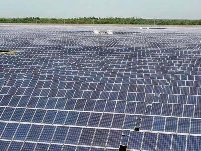 50 تا 60 ہزار روپے خرچ کرکے شمسی توانائی کی مدد سے بجلی کے بل میں 50 فیصد تک کمی لائی جا سکتی