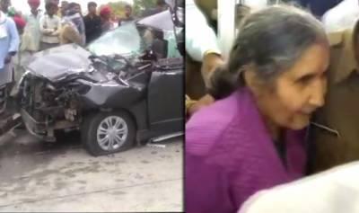 بھارتی وزیرِاعظم نریندر مودی کی اہلیہ ایک کار حادثے میں زخمی ہو گئیں