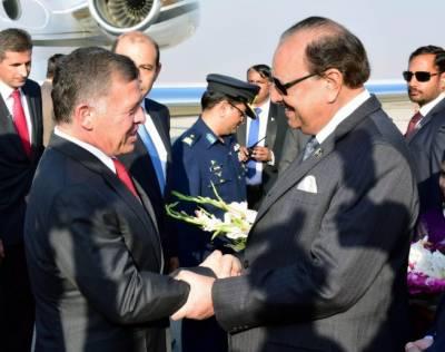اردن کے شاہ عبداللہ نے ایوان صدر میں صدر مملکت ممنون حسین سے ملاقات کی