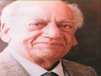 فیض احمد فیض کی 107 ویں سالگرہ آج منائی جارہی ہے۔