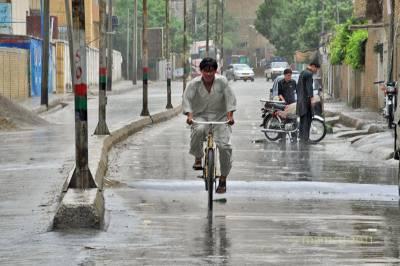 کوئٹہ سمیت بلوچستان کے مختلف علاقوں میں بارش سے موسم خوشگوار ہوگیا۔