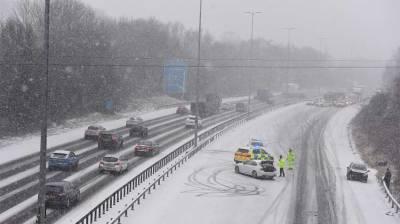 برطانیہ سمیت یورپی ممالک میں شدید برفباری، نظام زندگی مفلوج ہوگیا