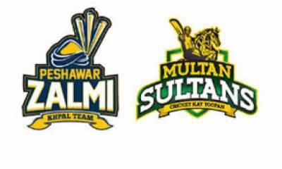 دبئی کے کرکٹ سٹیڈیم میں ملتان سلطانز اور پشاور زلمی کی ٹیمیں آپس میں ٹکرائیں گی
