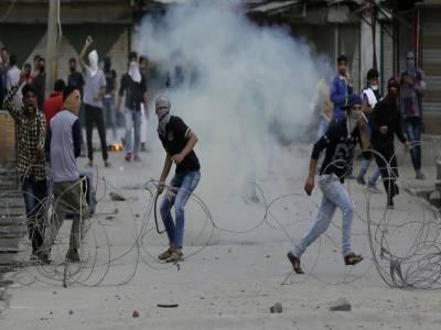 شوپیان میں عام شہریوں کی شہادتوں کے خلاف سری نگر میں ایک مظاہرہ