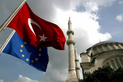 یورپی یونین کے ترکی کے ساتھ معاہدے نے سینکڑوں تارکین وطن کو مصیبت میں ڈال دیا۔