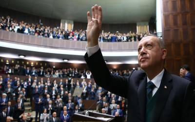 ترک قوم دوبارہ عظیم اور طاقتور بننے کیلئے کوشاں ہے۔ ترک صدر