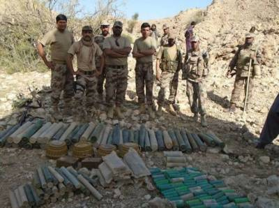 سیکیورٹی فورسز کا بلوچستان میں دہشت گردوں کے ٹھکانوں پر آپریشن, دو مشتبہ دہشت گرد گرفتار، بڑی تعداد میں اسلحہ اور گولہ بارود برآمد