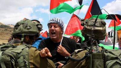 اسرائیل معصوم اور نہتےفلسیطینیوں کے خون کا کھیل کھیلنے میں مصروف, صیہونی فوج کی فائرنگ اور گولہ باری, پندرہ فلسطینی شہید اور ہزاروں زخمی